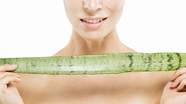 Use aloe vera to treat vaginal yeast infection naturally